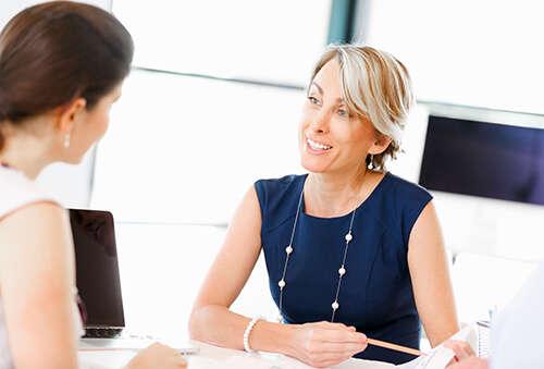 Можно ли проводить аттестацию если сотрудник работает меньше года